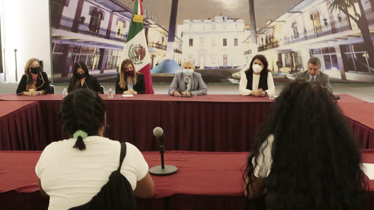 Segob dialoga con mujeres que tomaron edificio de CNDH; promete resolución