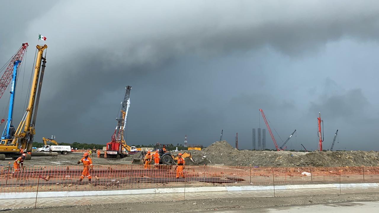 Sener niega inundación en obras de la refinería de Dos Bocas