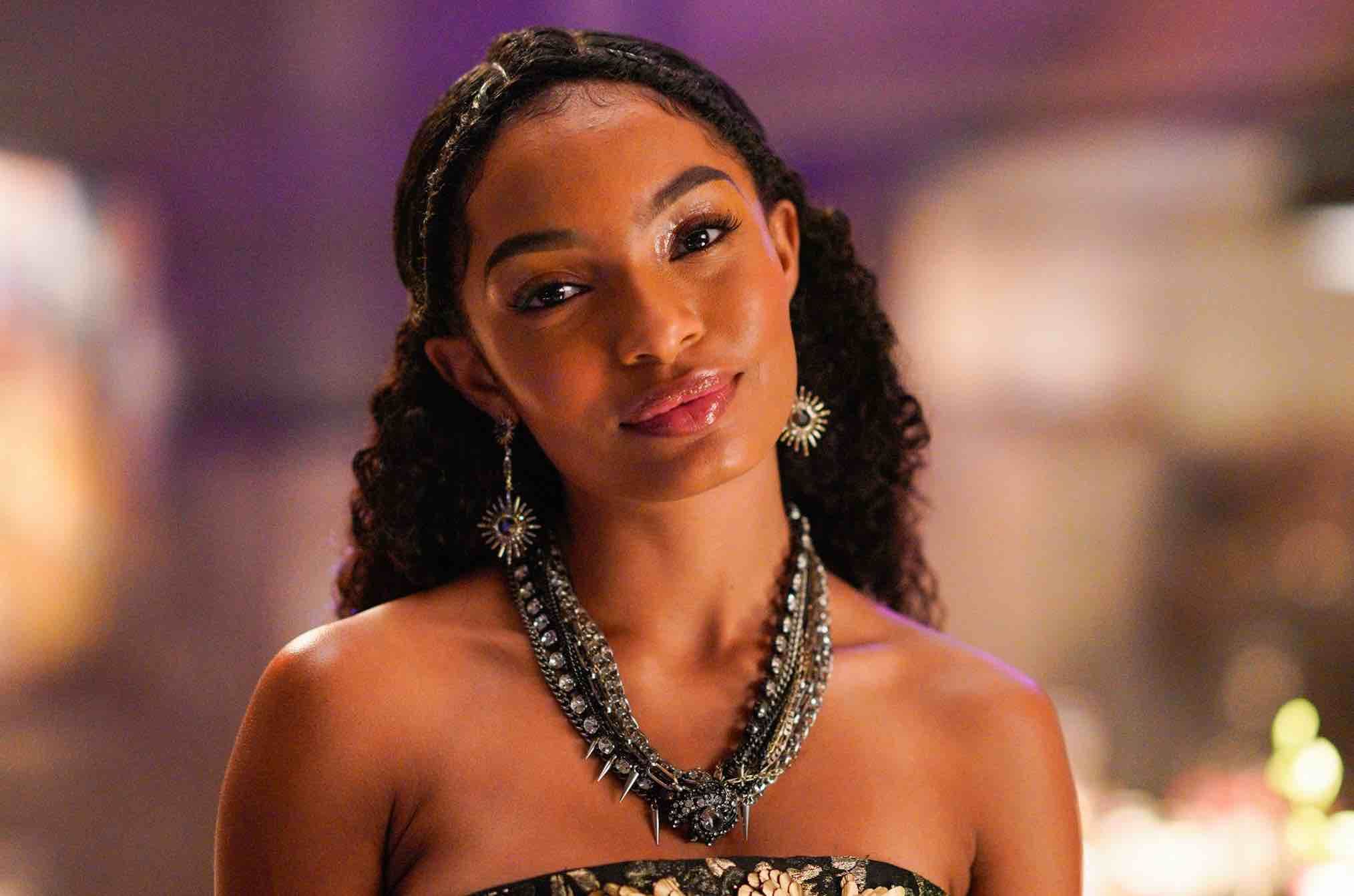 Yara Shahidi Thinkerbell Peter pan