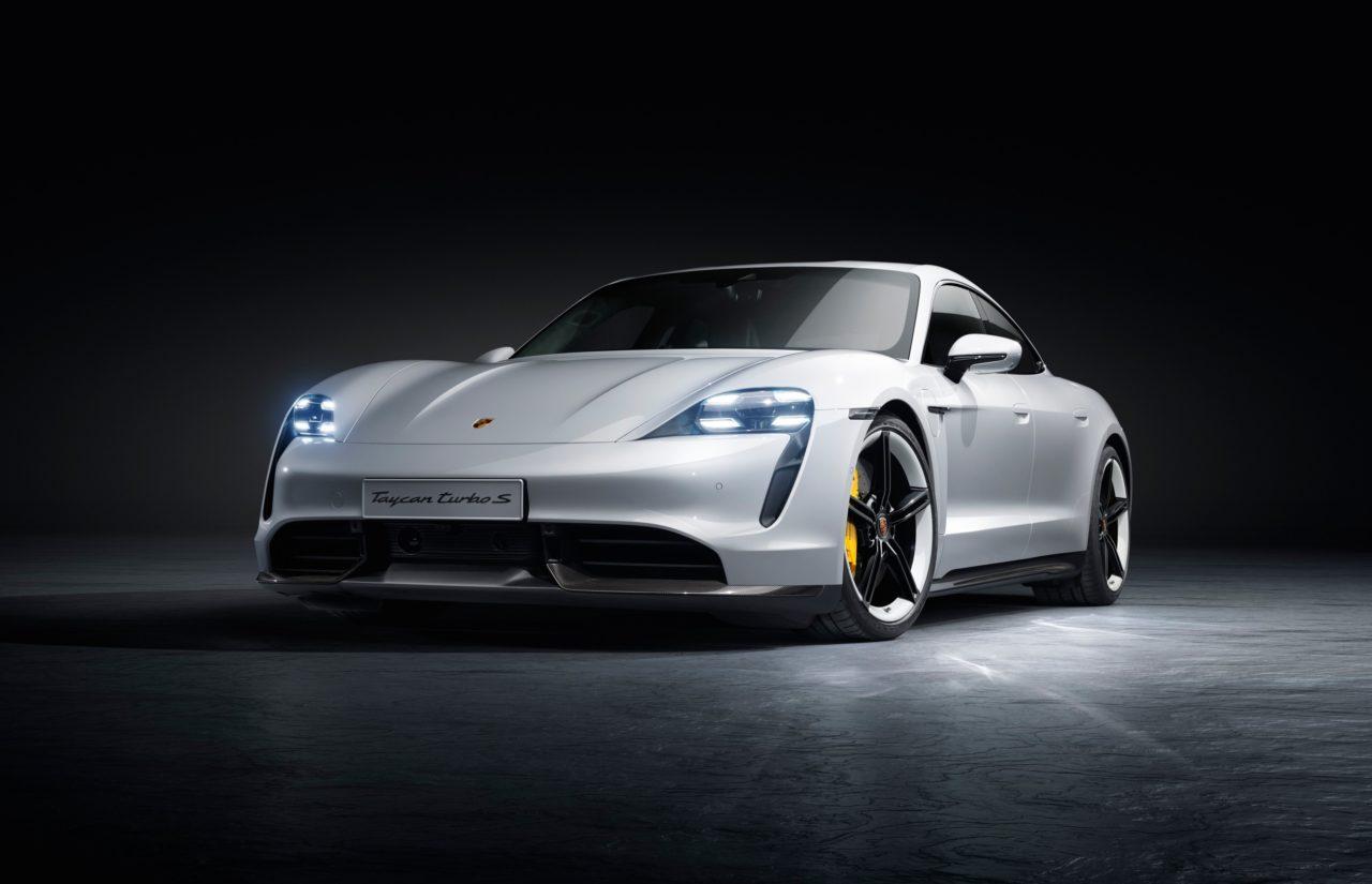 El auto deportivo 100% eléctrico de Porsche llega a México