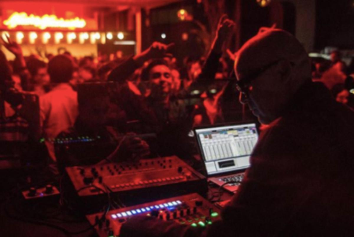 Empresarios crean Frente para impulsar la reapertura de bares y antros