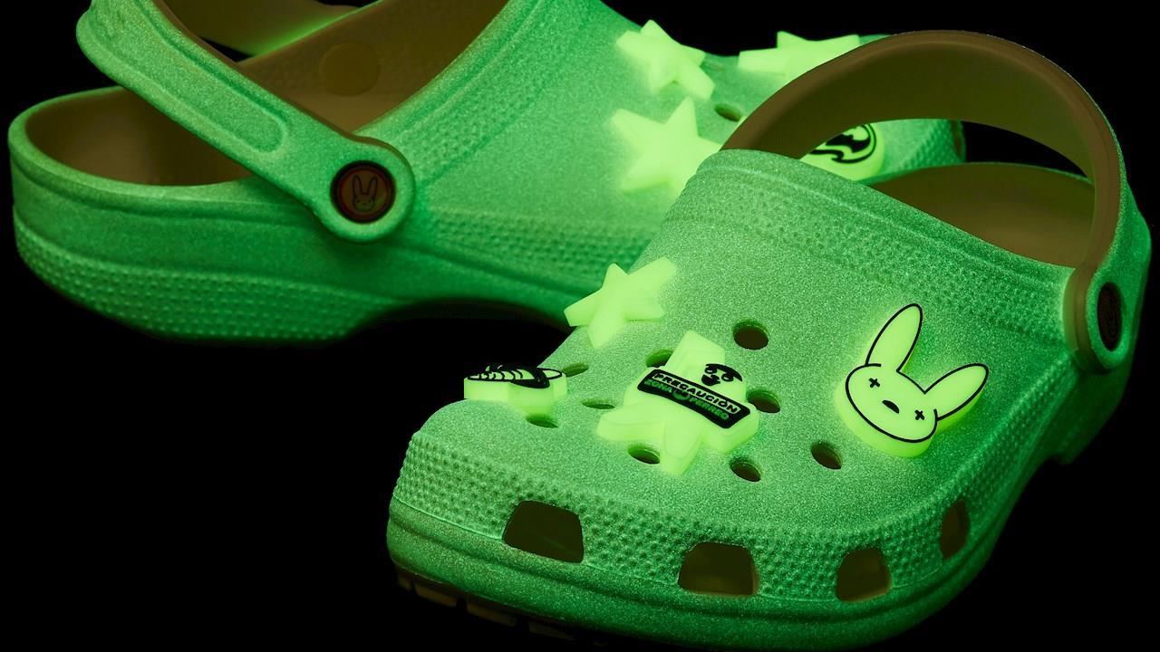 Crocs ficha a Bad Bunny como diseñador