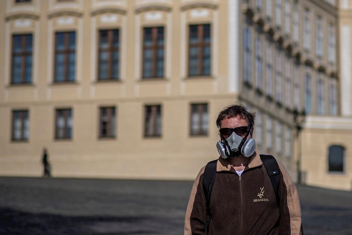 Ministro de Sanidad de República Checa renuncia por críticas en manejo de pandemia