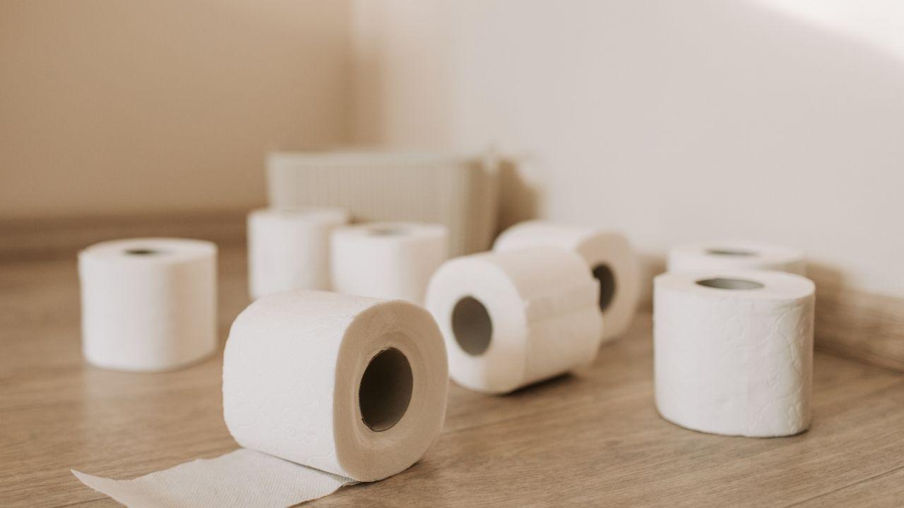Alemania instala la primera máquina expendedora de papel higiénico