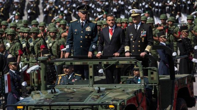 Salvador Cienfuegos y Enrique Peña Nieto