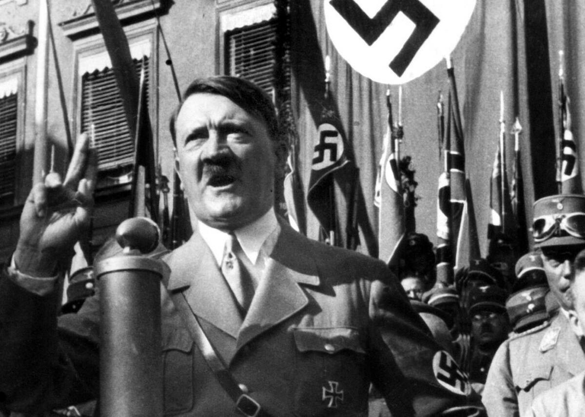 Subastan tarjetas de discursos de Hitler en Múnich