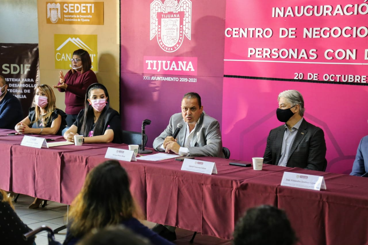 Crean en Tijuana un centro para asesorar a personas con discapacidad