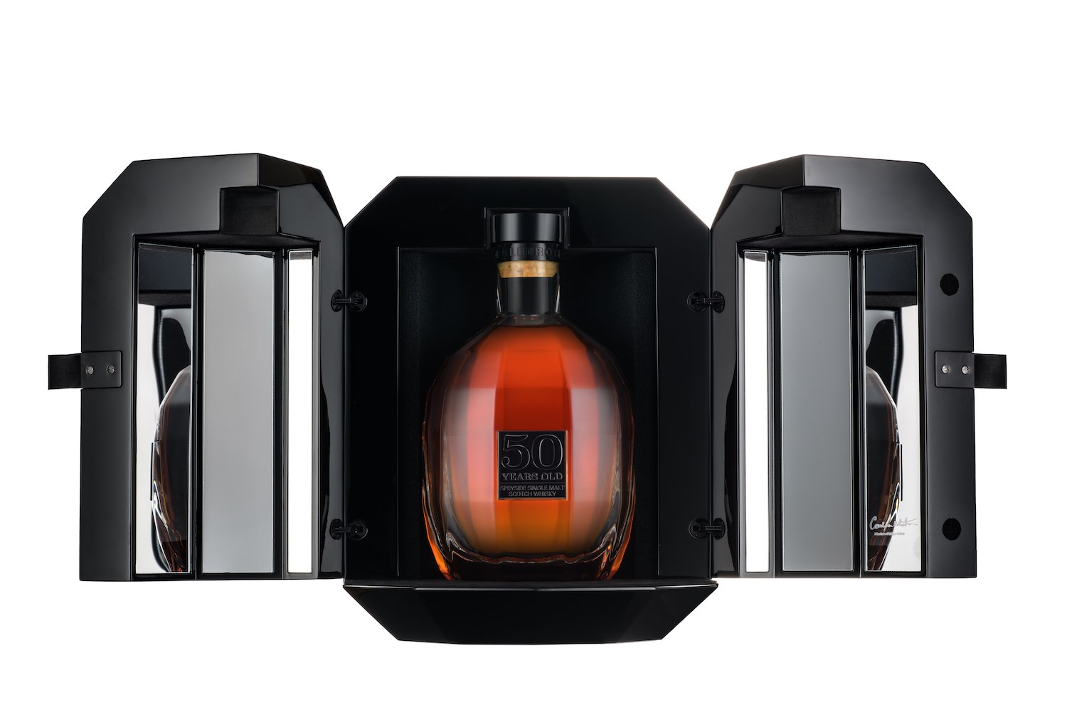 The Glenrothes presenta su exclusivo whisky añejado por cincuenta años