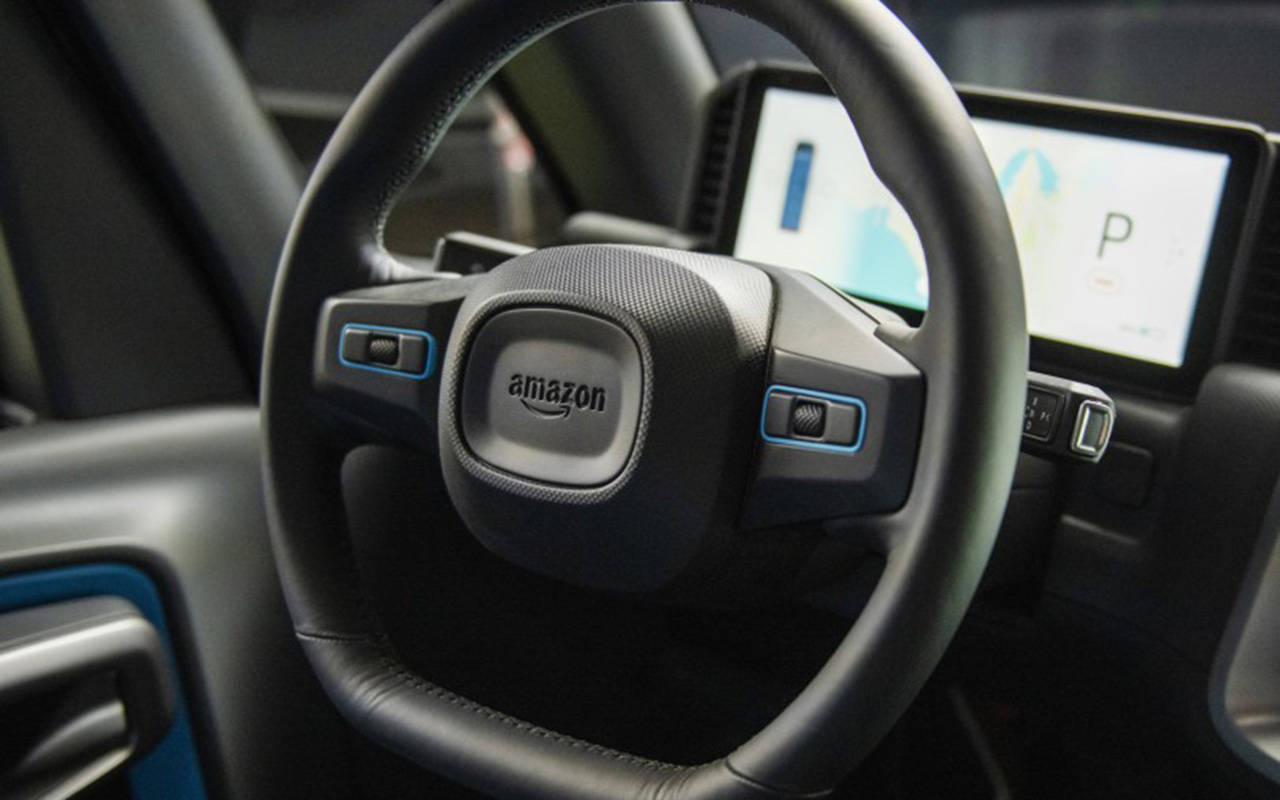 Amazon presenta su primer vehículo eléctrico de reparto, hecho por Rivian