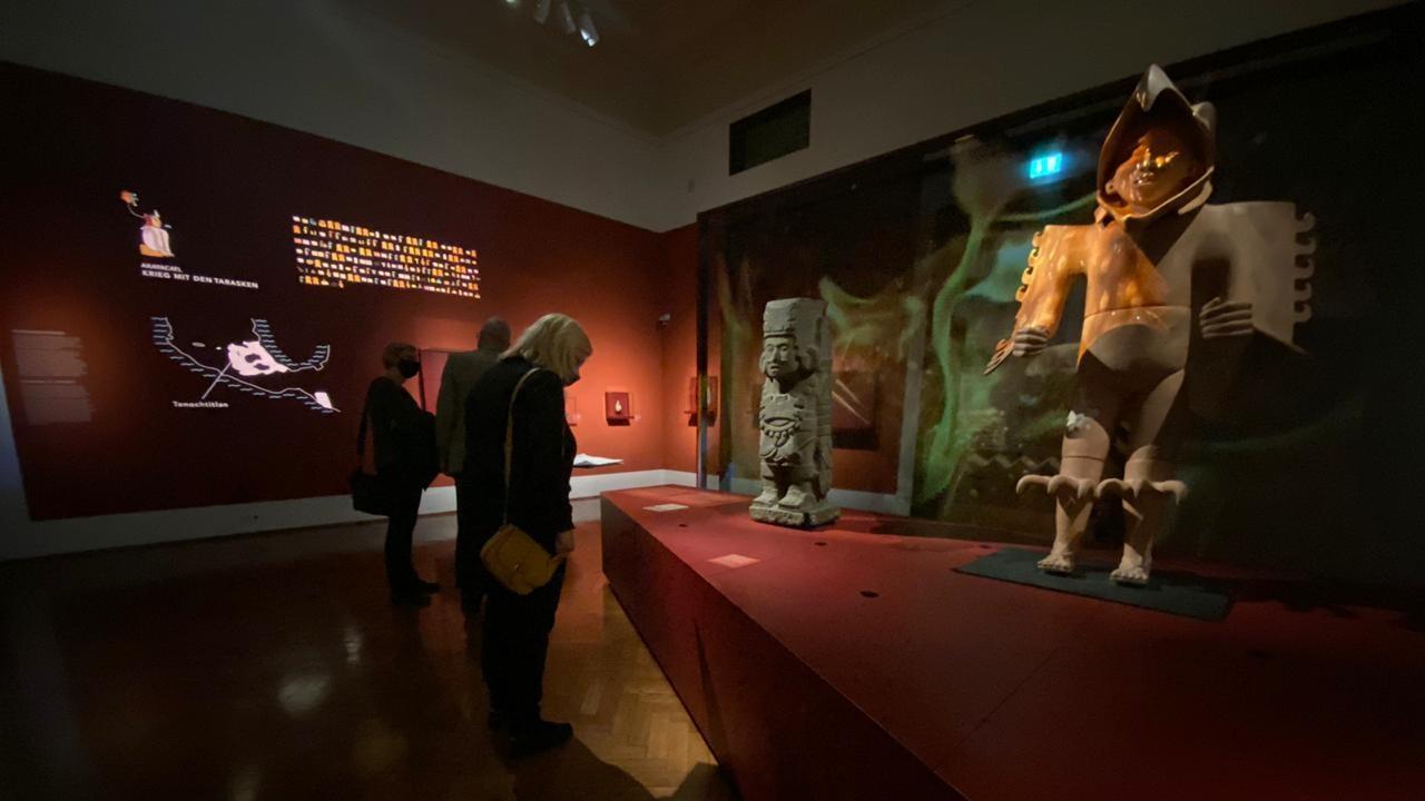 Austria rechaza pedido de AMLO por penacho de Moctezuma, pero recibe exposición 'Aztecas'