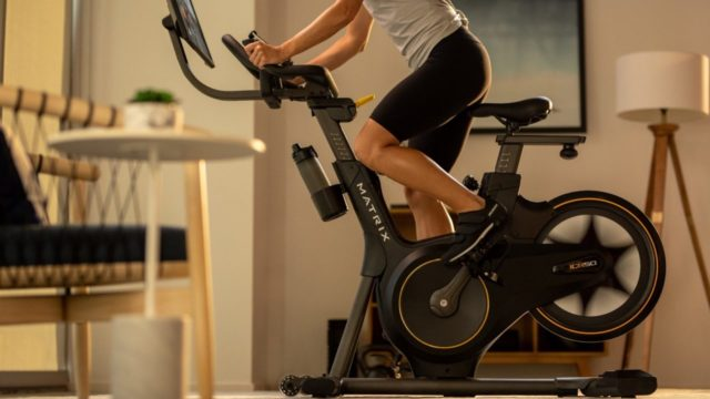 Esta nueva bicicleta estática te hará que ames el spinning