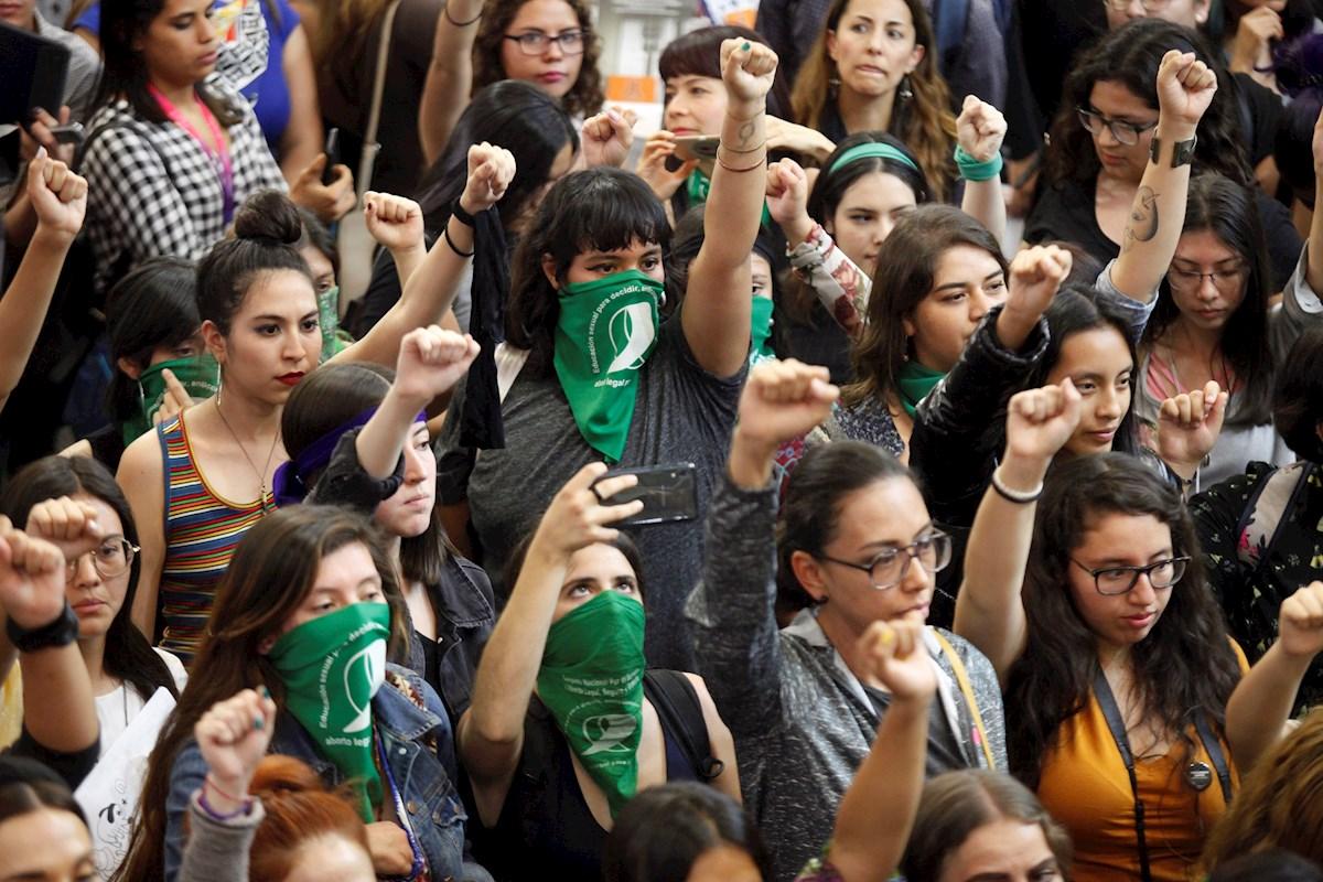 Nueva ola del movimiento 'MeToo' en México  y Latam ya no piensa callar más