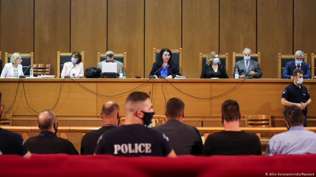Partido neonazi griego, culpable de dirigir organización criminal