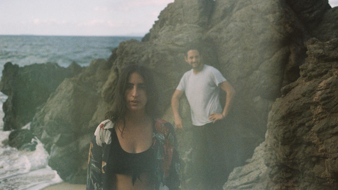 Un naufragio de música tropical en La Isla Centeno