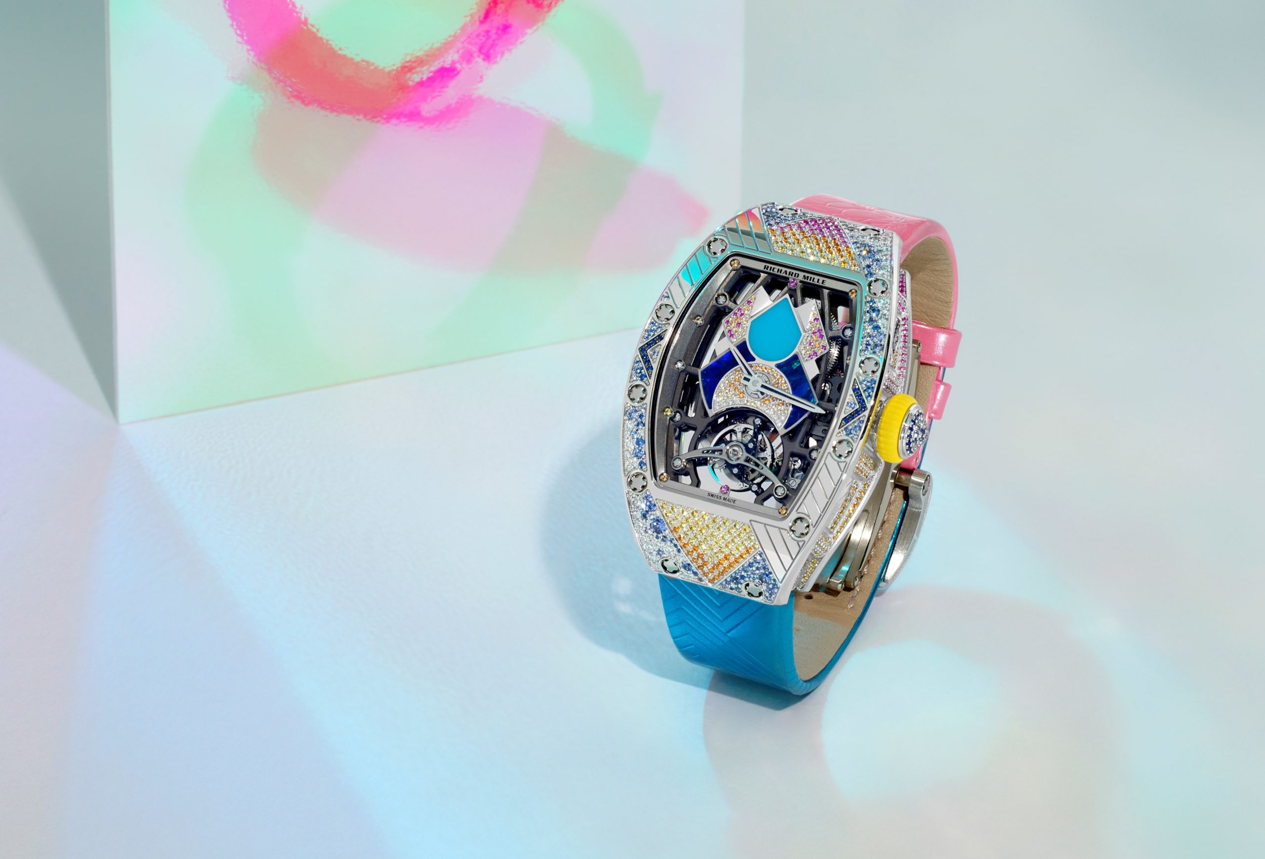 RM 71-02: el reloj inspirado en la Era de la música Disco