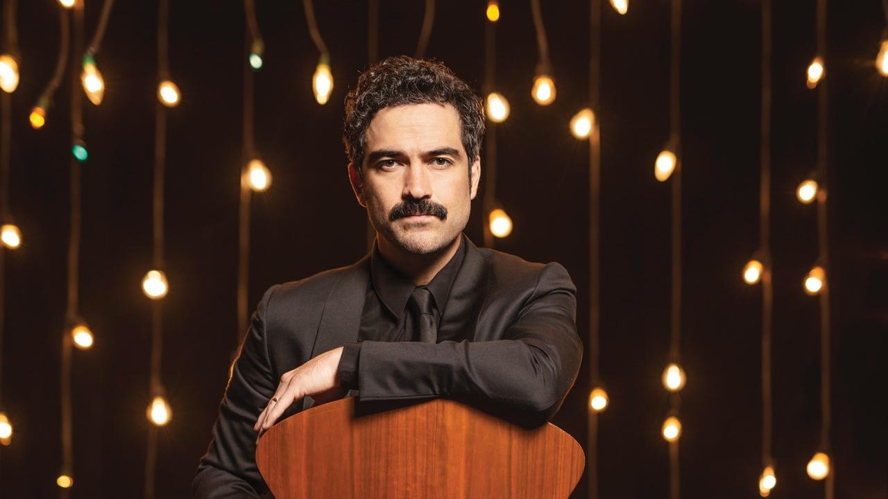 Alfonso Herrera, cazador de historias