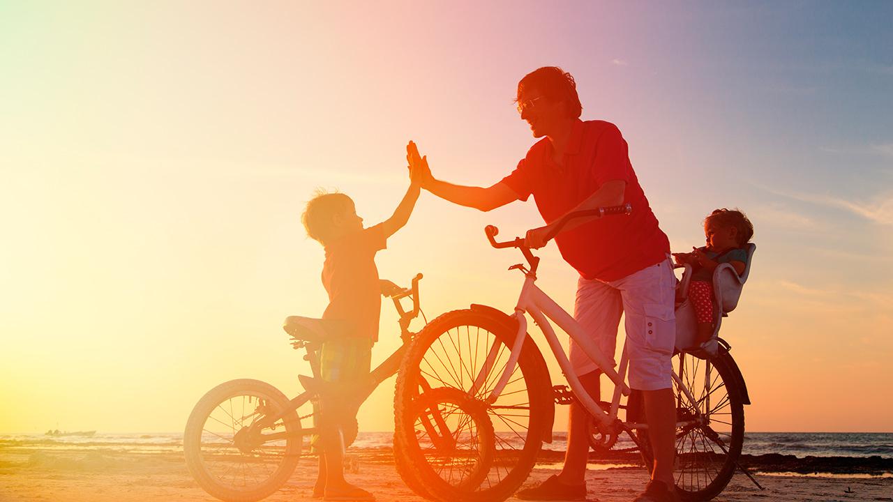 Nuevas normalidades, nuevos regalos: la felicidad viaja en 2 ruedas