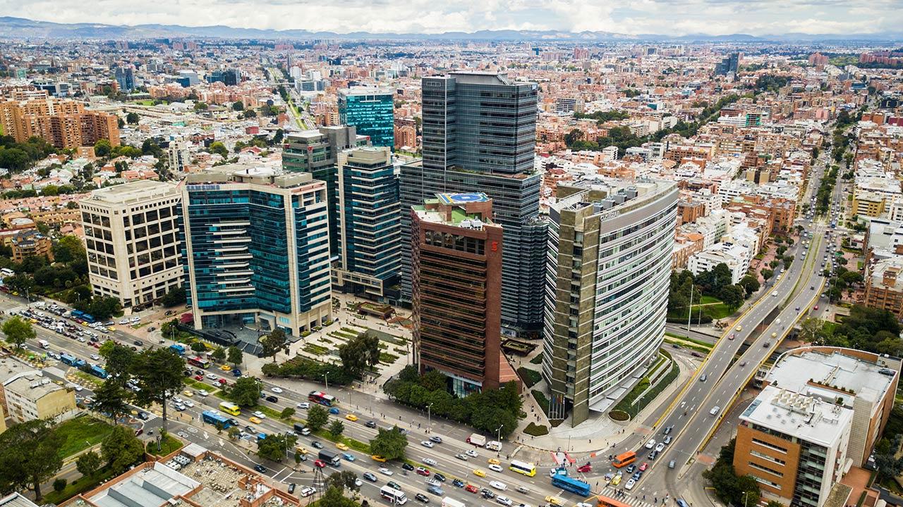 'Nearshoring' o relocalización de empresas exportadoras, la gran apuesta de Colombia