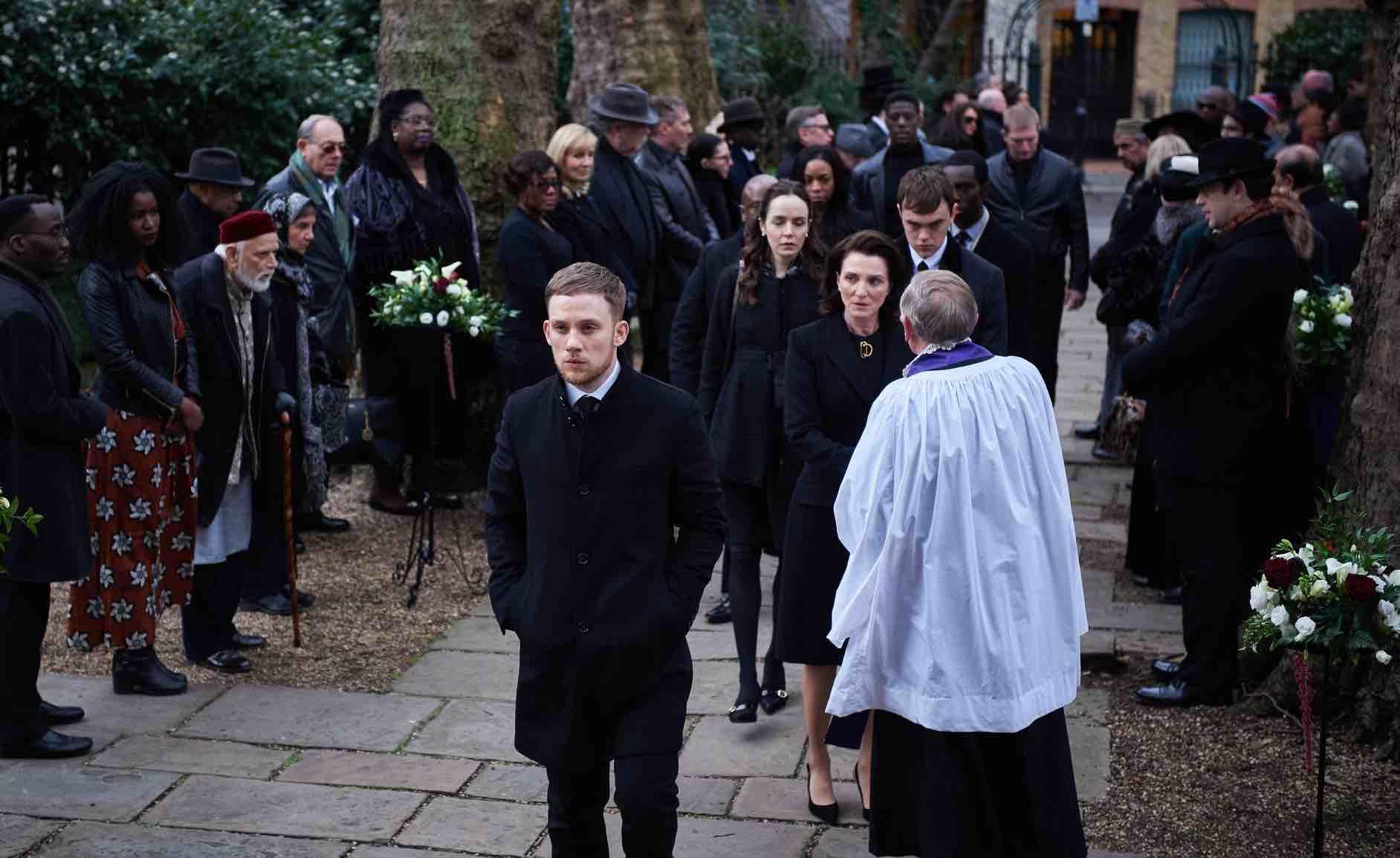 'Gangs of London' prepara su llegada a Starzplay entre los estrenos de noviembre