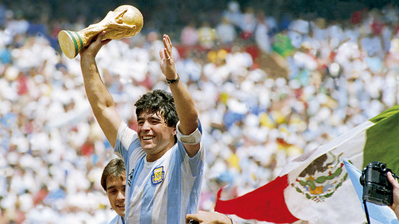 Maradona: Esta fue la trayectoria profesional del astro argentino