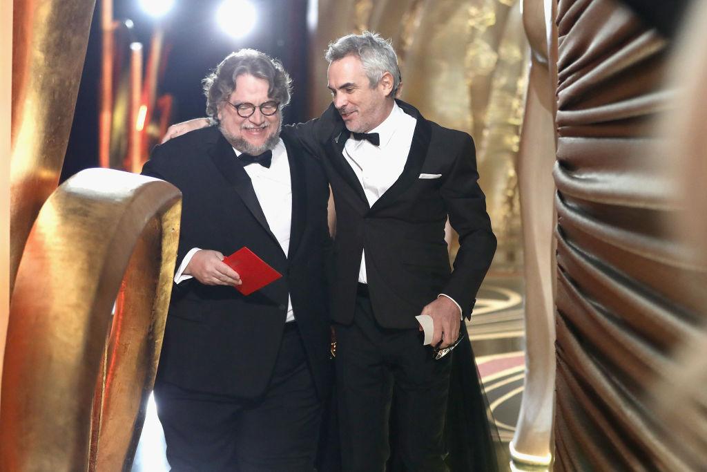 """Guillermo Del Toro y Alfonso Cuarón compartirán sus """"Monstruos y Silencios"""""""