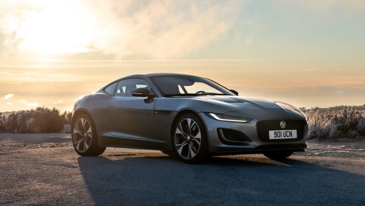 Jaguar F-TYPE estiliza sus trazos deportivos para su llegada a México