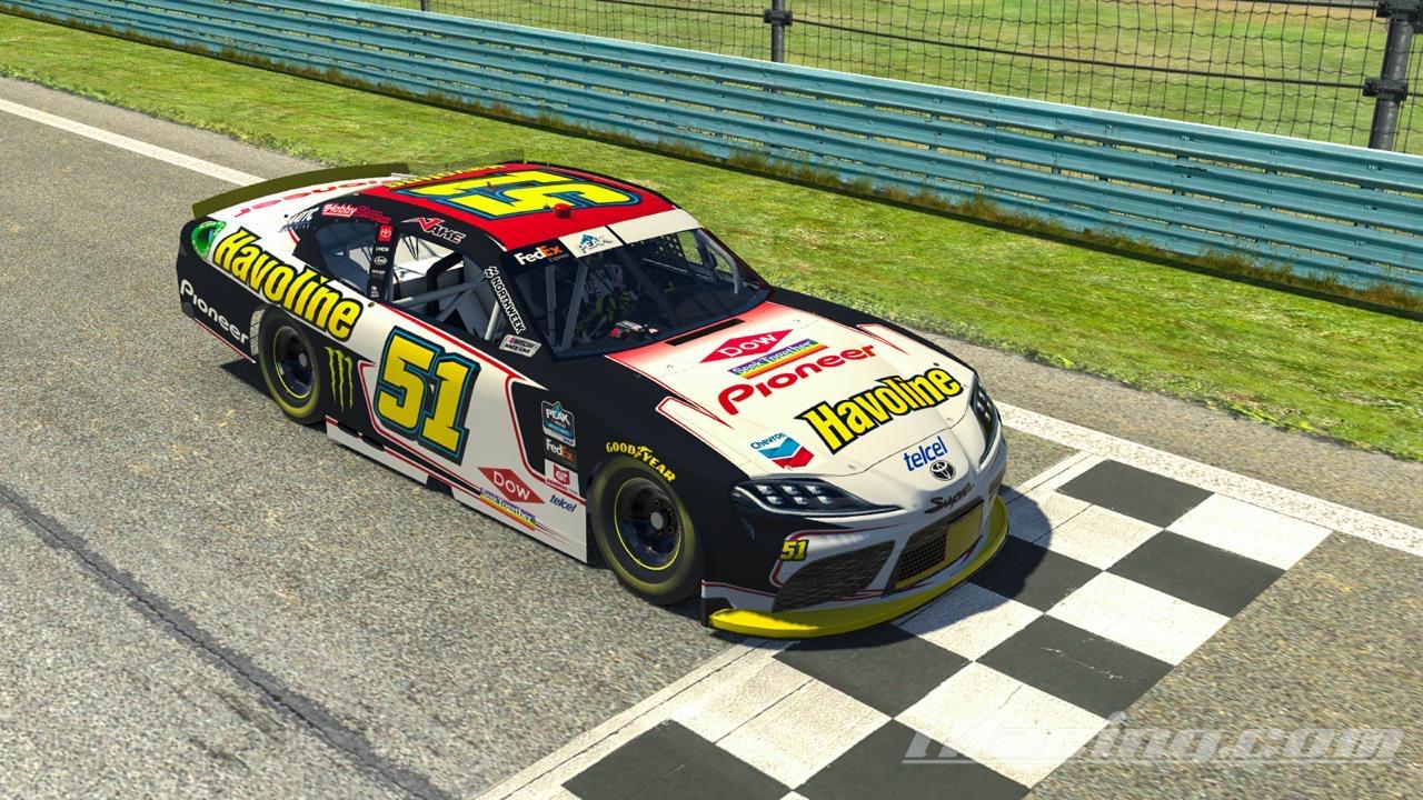 El carro de Jake Cosío en la NASCAR es un laboratorio viviente para Dow