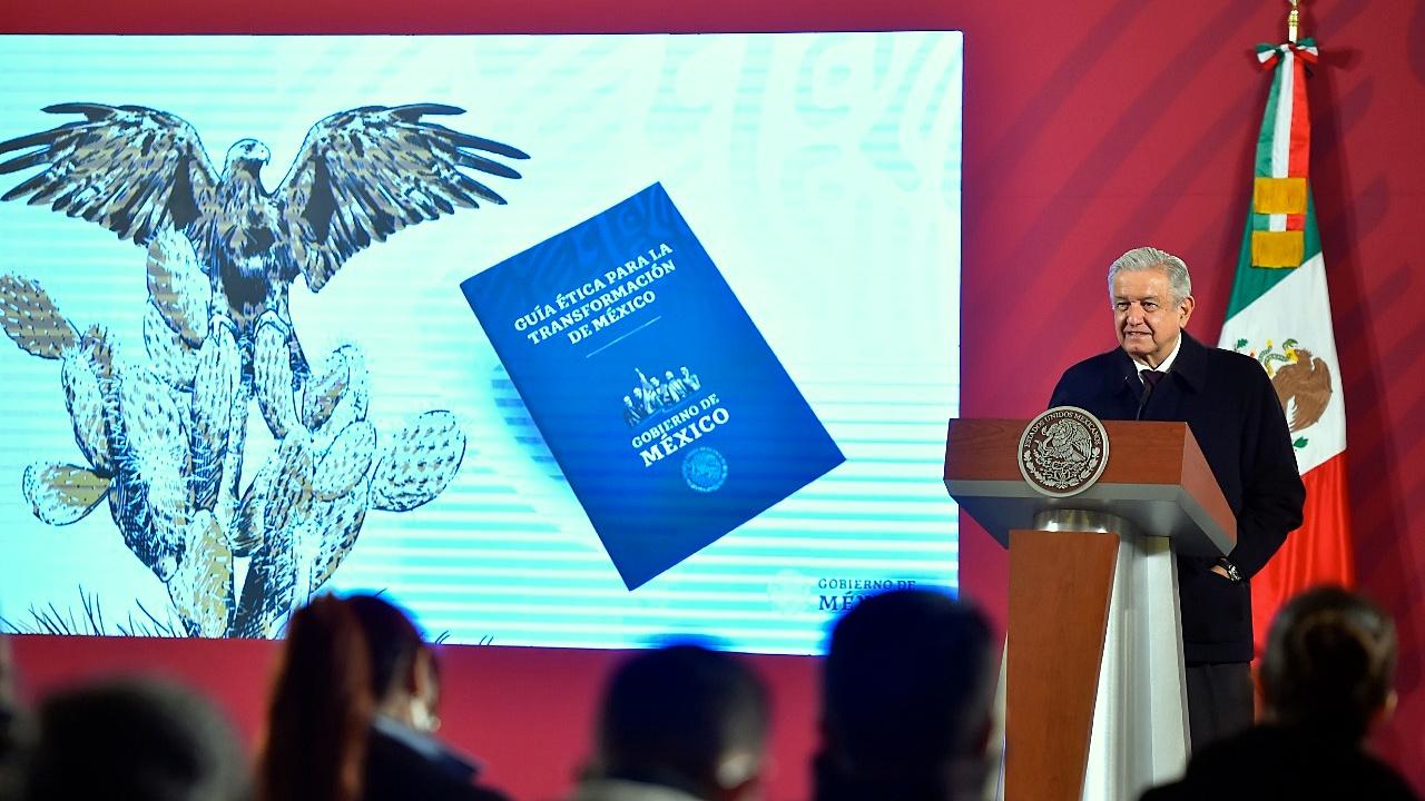 Así es la guía ética para 'fortalecer' los valores en México que presentó AMLO