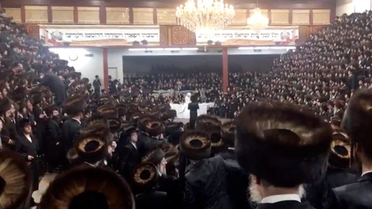 Multan con 15,000 dólares multitudinaria boda judía ultraortodoxa en NY