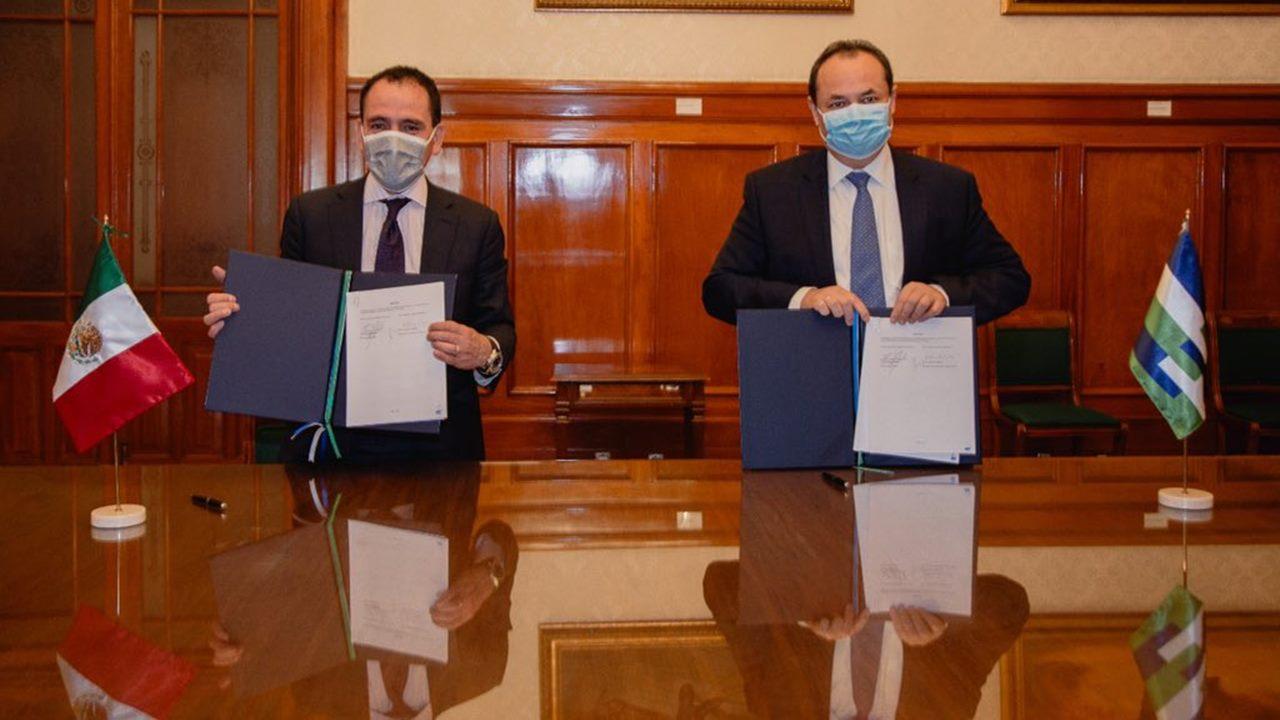 México se convierte en miembro pleno del banco de desarrollo CAF