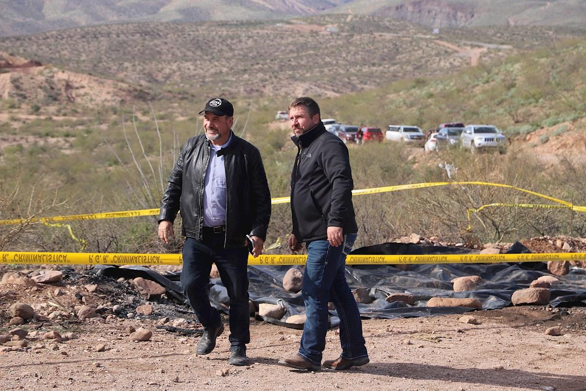 Mormones piden justicia a un año de la masacre de familia LeBarón