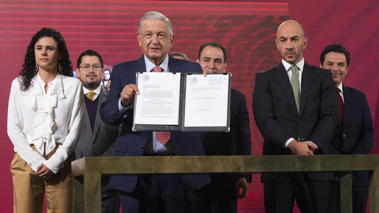 López Obrador se reúne con líderes de la IP para analizar iniciativa de outsourcing