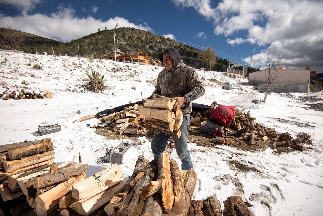 Tormentas invernales dejan nevadas en el norte del país