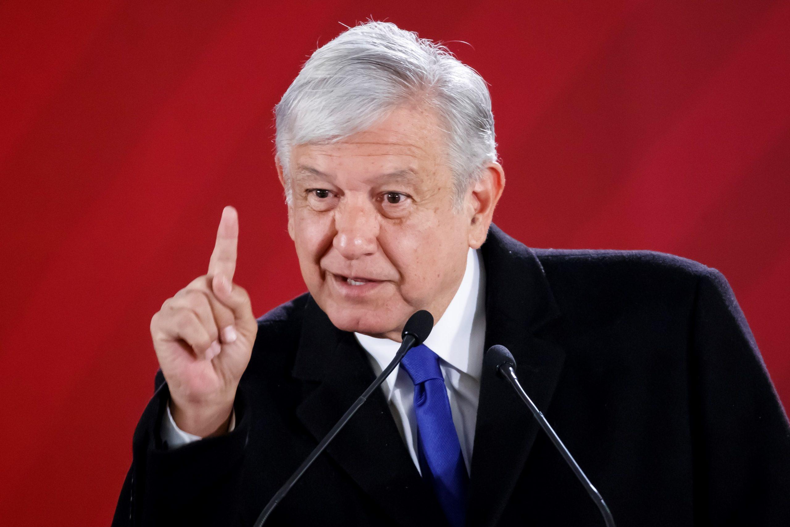 Estado de salud del presidente es asunto privado: López-Gatell