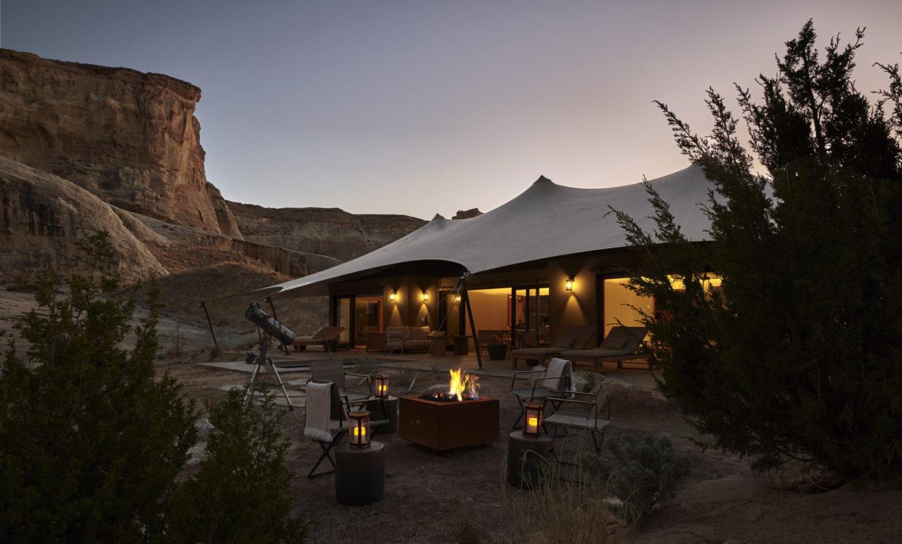 Camp Sarika: Un inquietante oasis de lujo en el desierto
