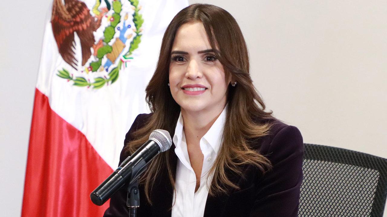 Clara Luz Flores, de Morena, lidera preferencias al cierre de precampañas en NL