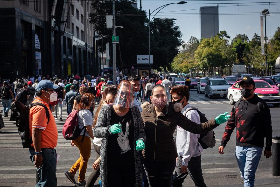 Gente compras centro Covid 19 Pandemia 11