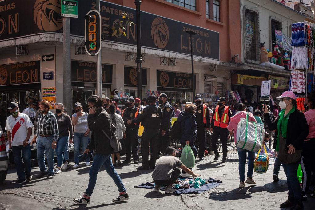 Gente compras centro Covid 19 Pandemia 6