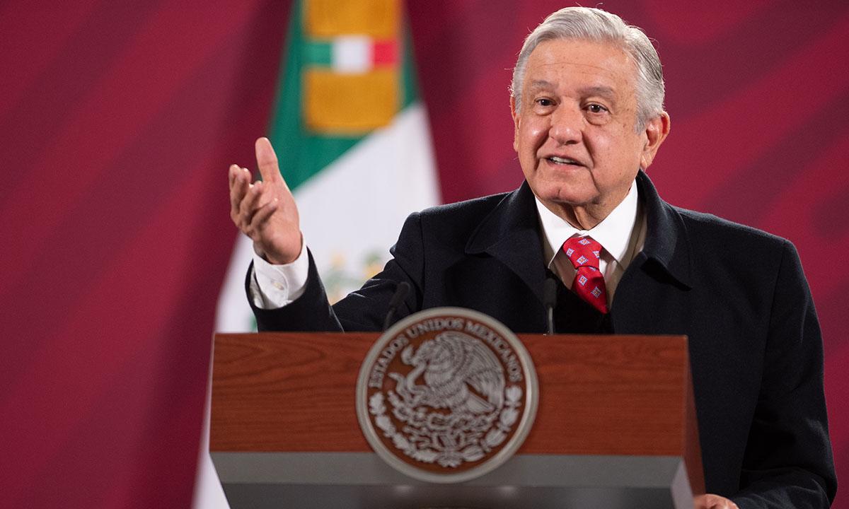 AMLO pide a Grupo Carso acelerar la obra del Tren Maya