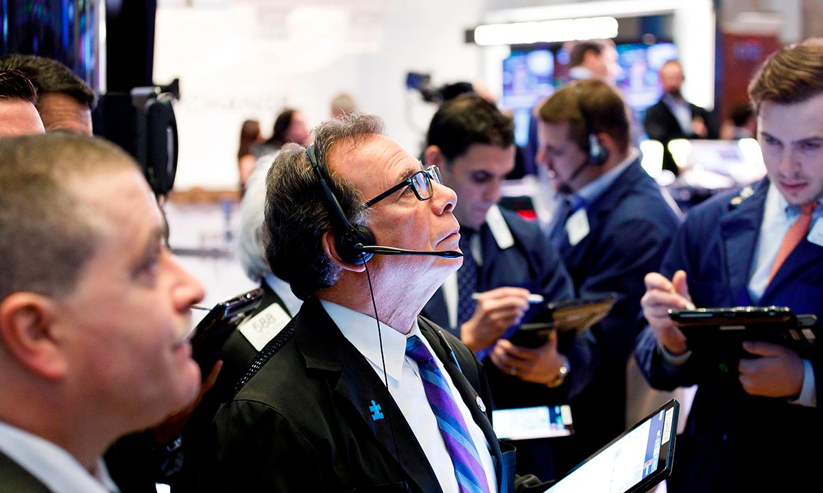 Wall Street abre al alza tras declive en pedidos ayuda por desempleo EU
