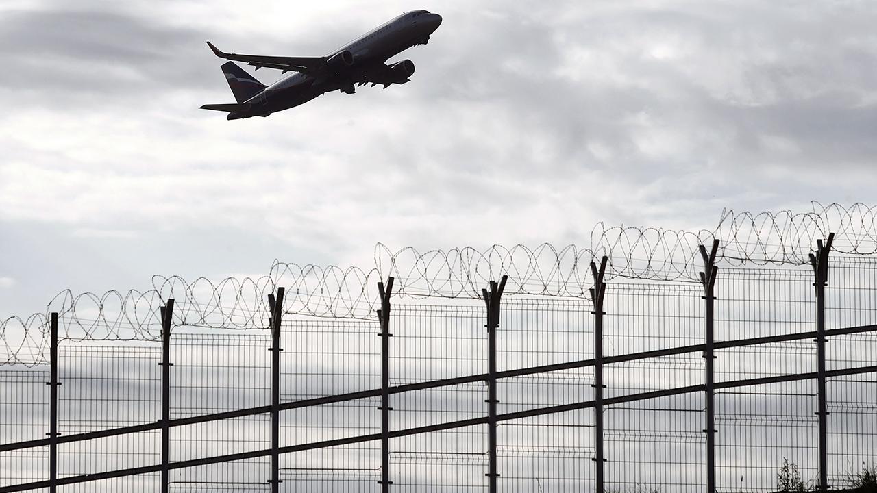 Sector aéreo lanza SOS ante medidas para viajes; pide evitar cuarentenas