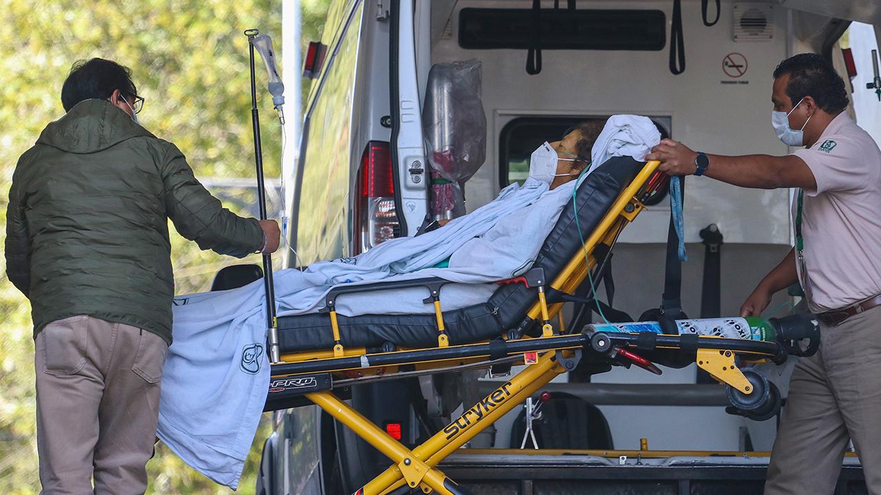 Vacunación contra Covid iniciará en Hospital General de México y dos sedes militares