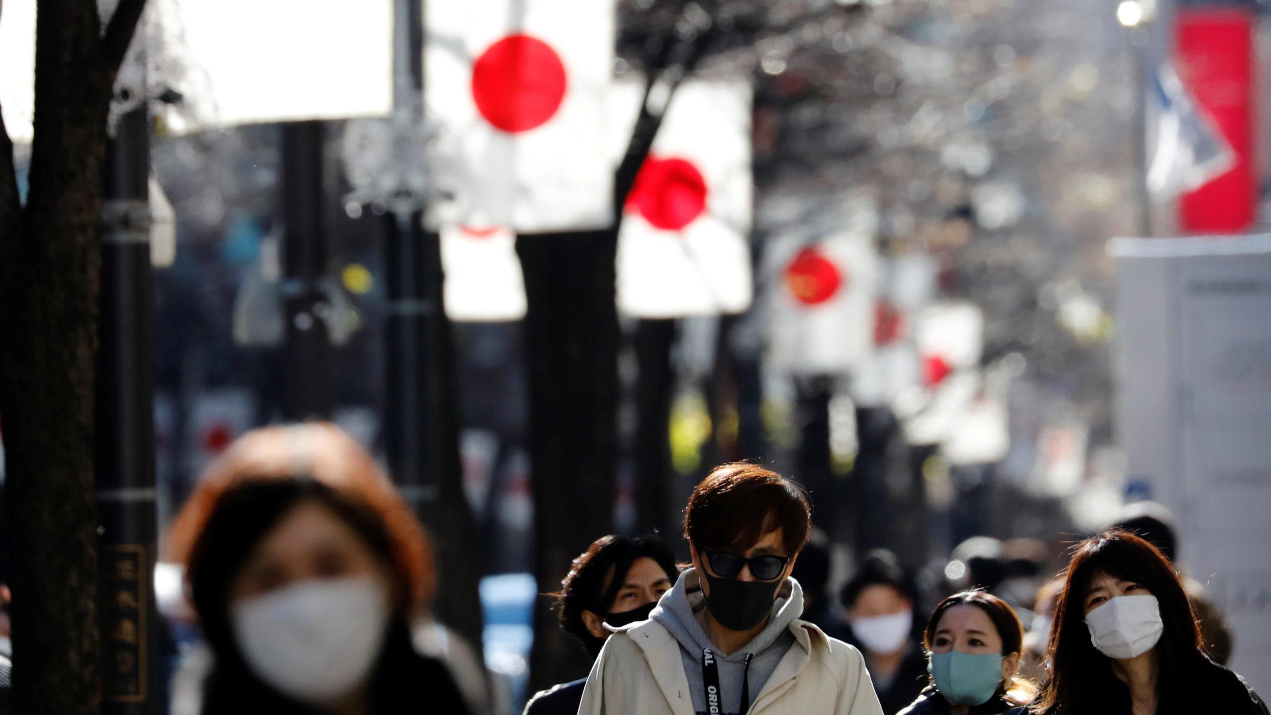 Japón halla nueva variante de coronavirus en viajeros de Brasil