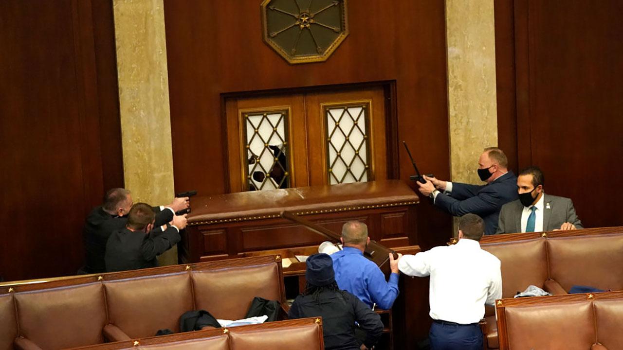 Fotogalería: Caos en el Capitolio de Estados Unidos