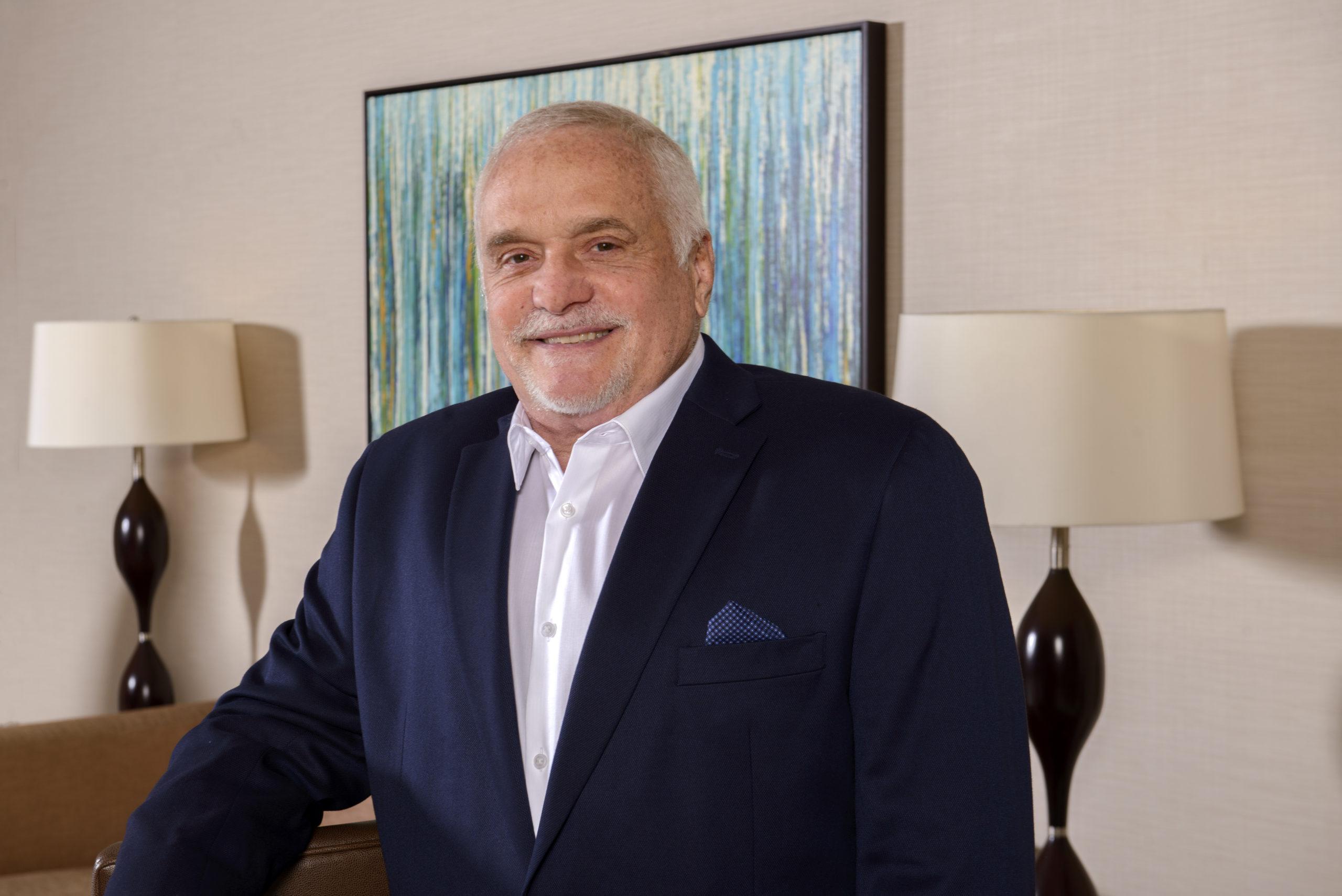 Larry Parker: sólida experiencia en el sector inmobiliario