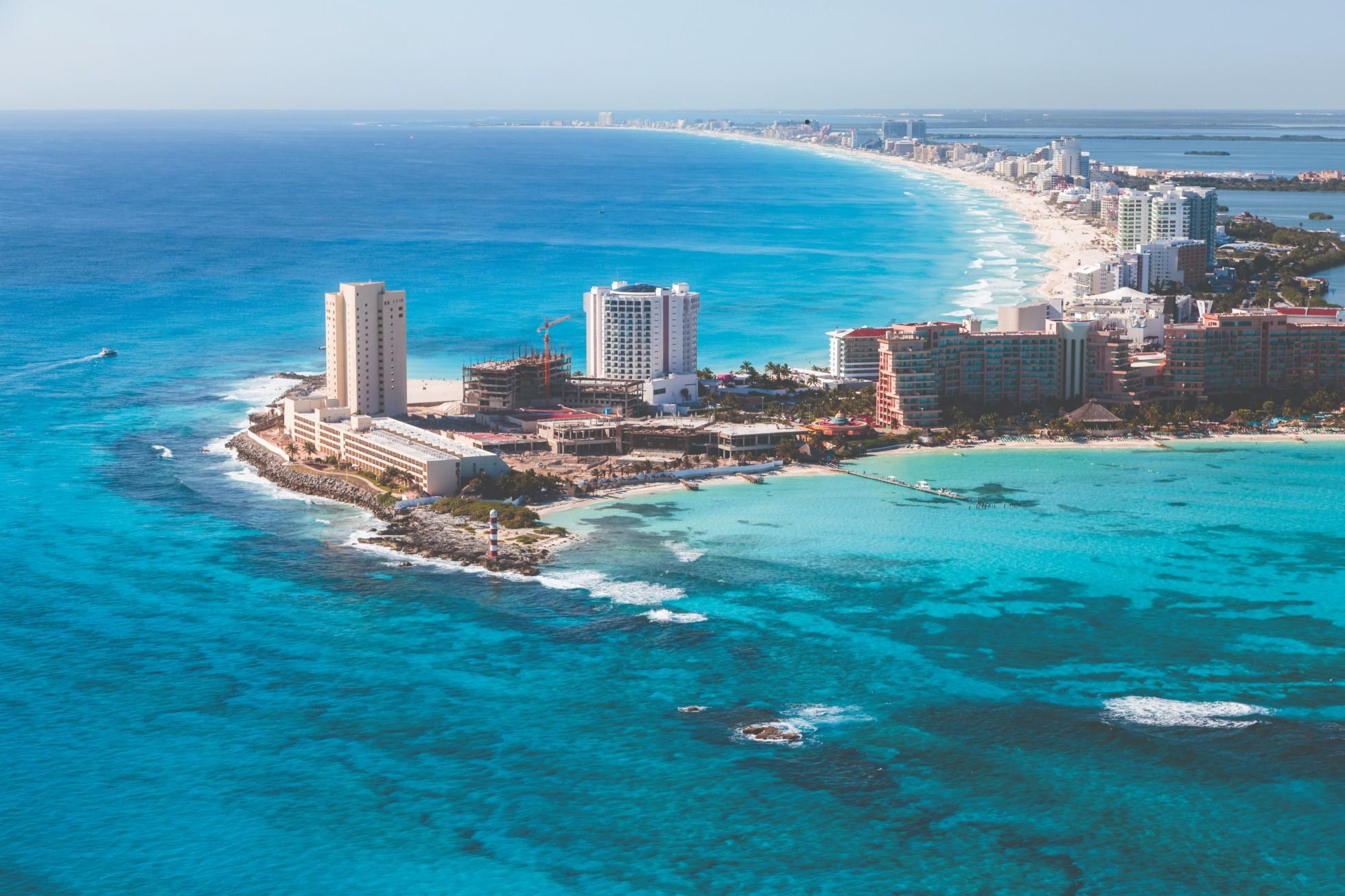 Cancún, Los Cabos y Huatulco viven el impulso de la vacunación mundial