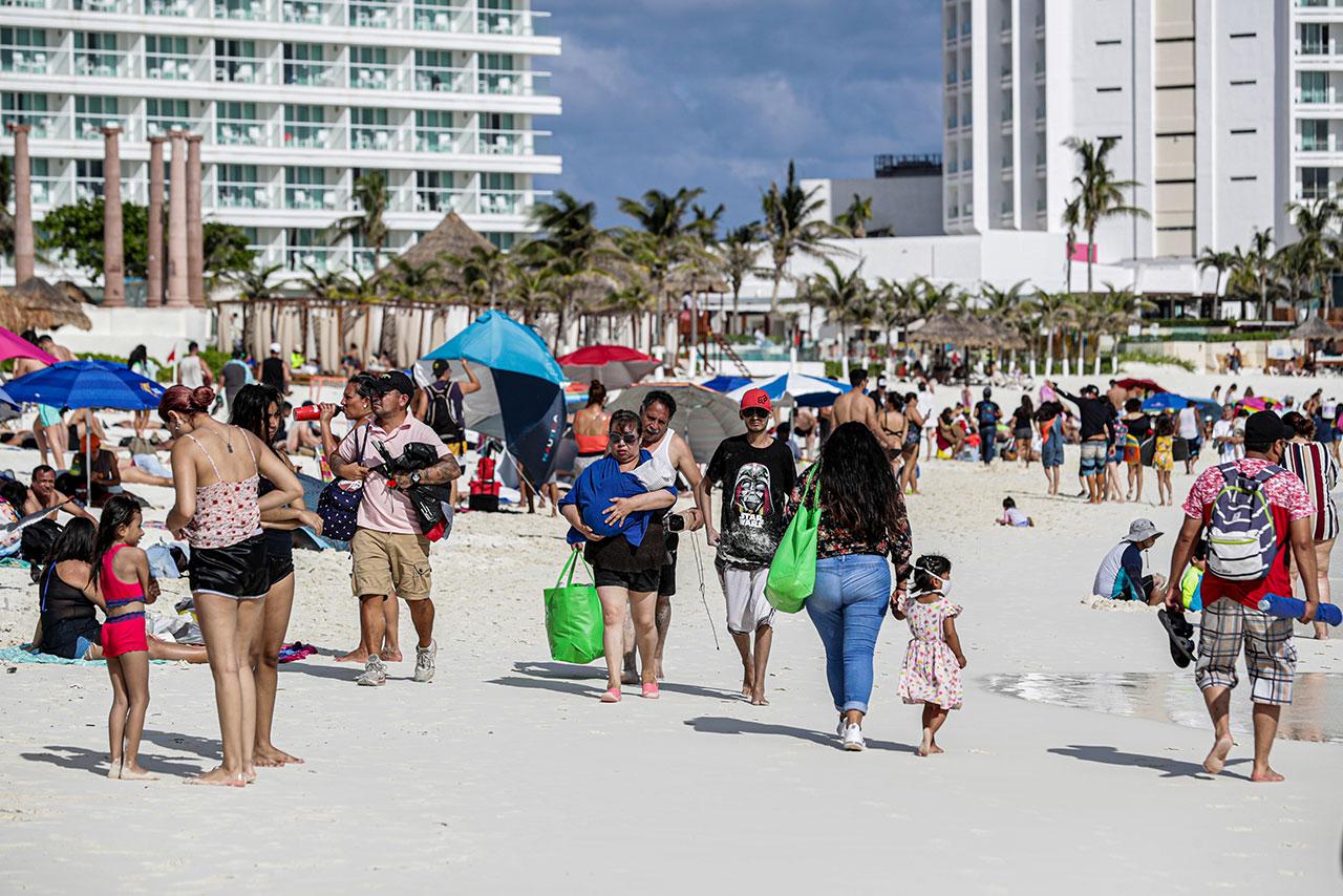Caribe mexicano registra un fuerte repunte de Covid-19 tras vacaciones