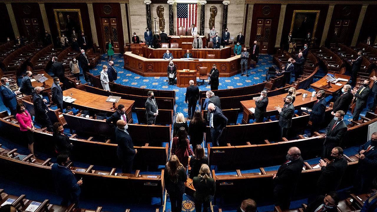 El Congreso de EU afina la aprobación del plan de estímulo de Biden