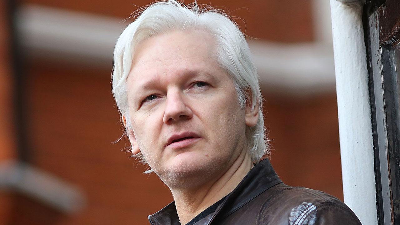 Gobierno de Biden insiste en  extradición de Julian Assange