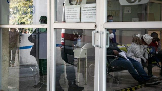 Hospitales gente paramedicos Covid 19 3